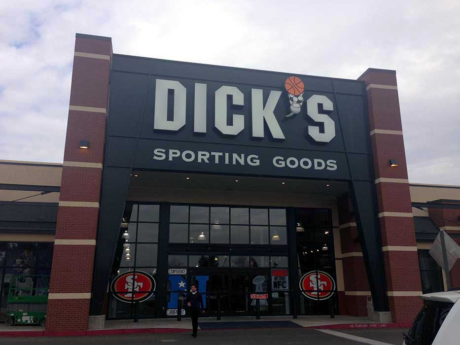 Dick's at Arbor Faire, Fresno, CA